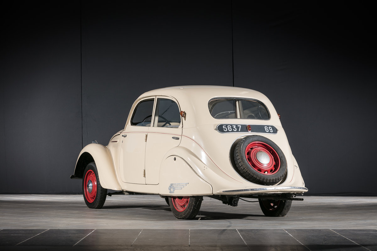 Circa 1940 Peugeot 202 berline - No reserve For Sale by Auction (picture 2 of 6)