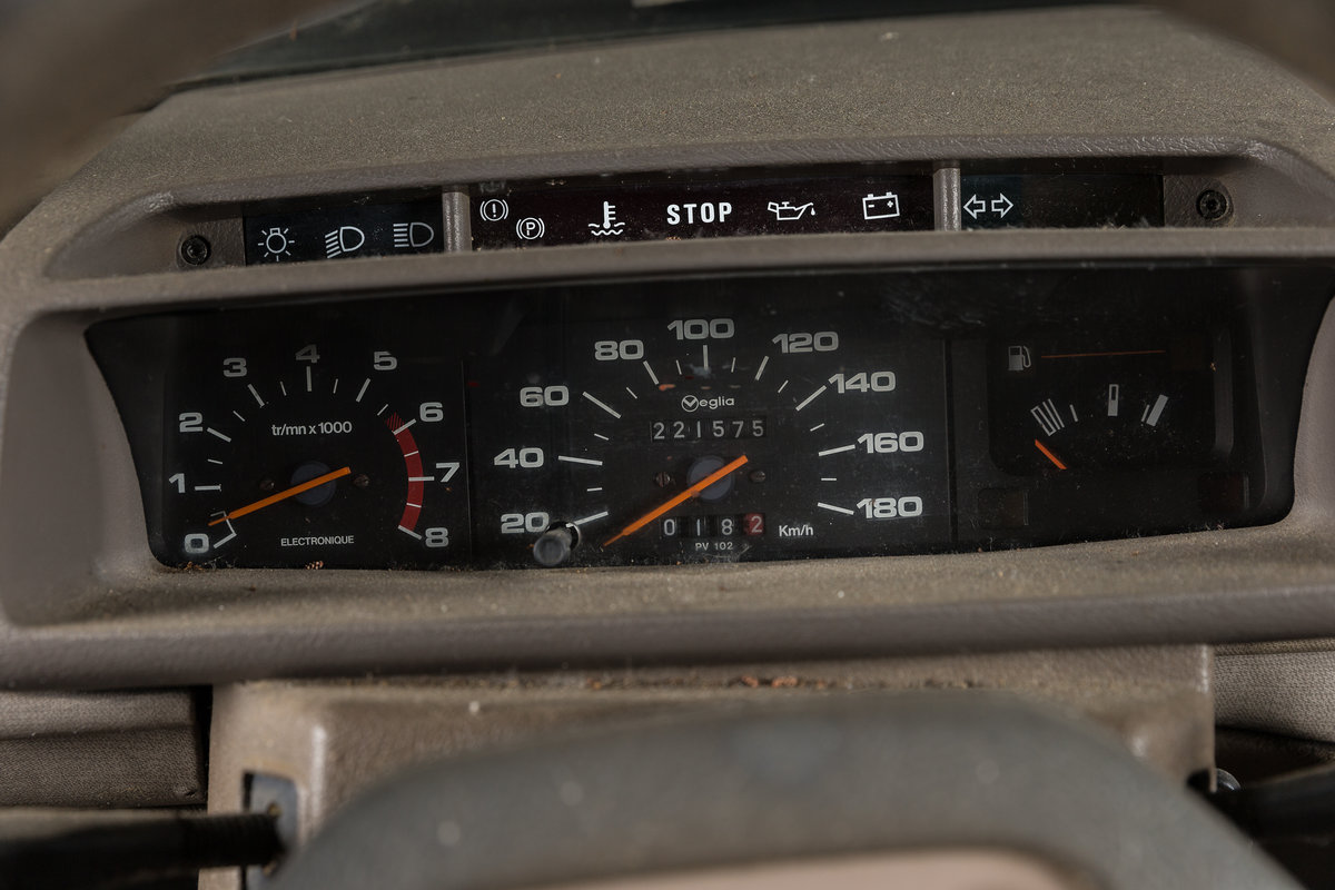 1986 Peugeot 205 XT 3 portes - No reserve For Sale by Auction (picture 4 of 6)