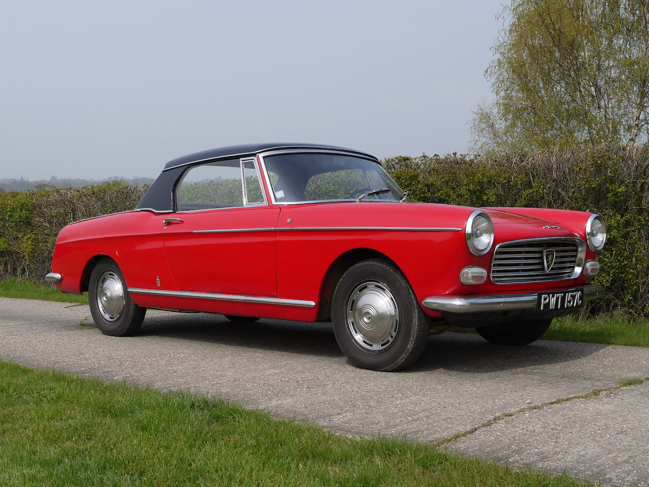 1965 Peugeot 404 Cabriolet For Sale (picture 1 of 6)