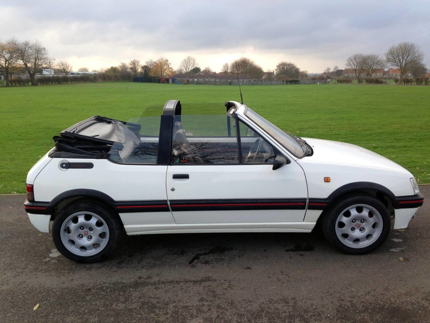 1992 Peugeot Cabriolet CTI (GTI) 1.9L 5 speed man For Sale (picture 1 of 6)