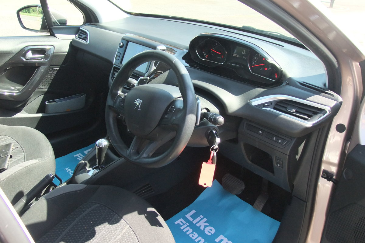 2013 PEUGEOT 208 1.4 ACTIVE E-HDI 5DR AUTOMATIC SOLD (picture 6 of 6)