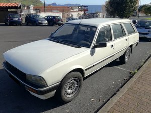 1989 - Peugeot 505 Break GRD - 7 seats!