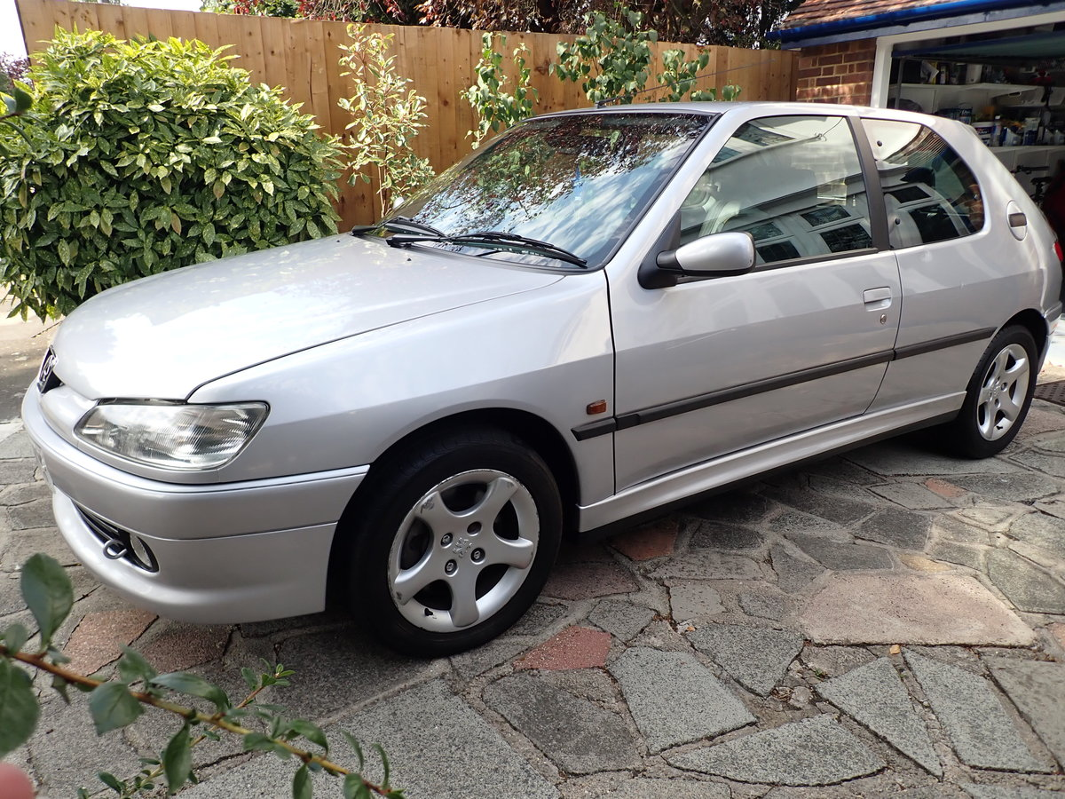 1998 Peugeot 306 GTi-6 Silver - a Drivers Car SOLD (picture 1 of 6)