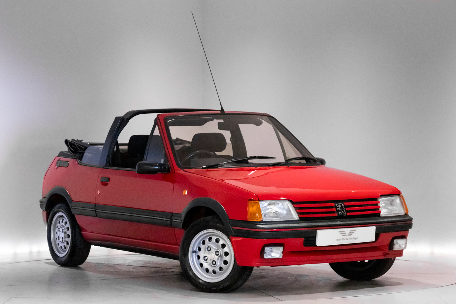 1990 Low Mileage Hot Hatch Classic  For Sale (picture 1 of 6)