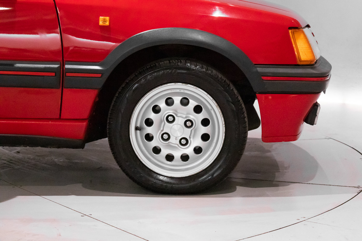 1990 Low Mileage Hot Hatch Classic  For Sale (picture 6 of 6)