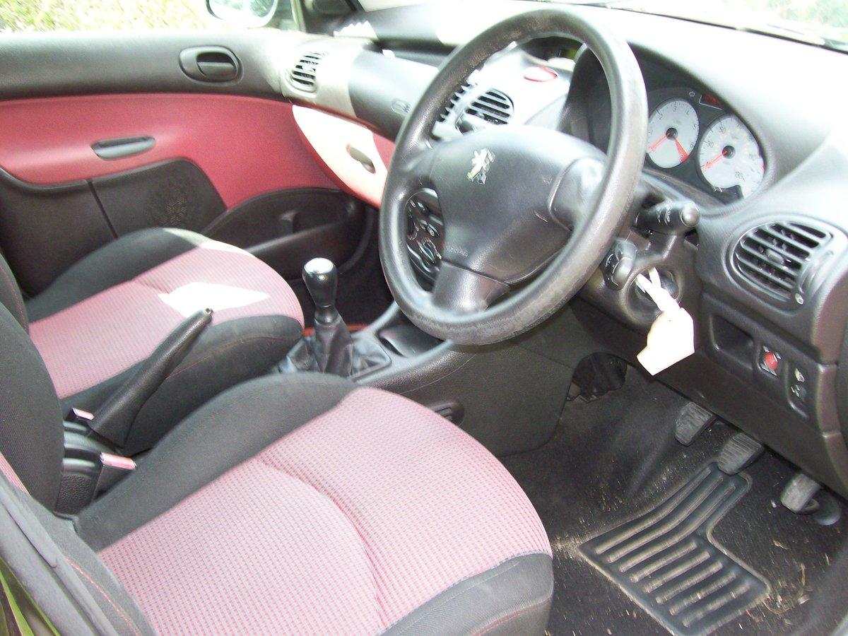 Peugeot 206 S 2004 reg. 1.4 Spares Parts wing bonnet door For Sale (picture 4 of 6)