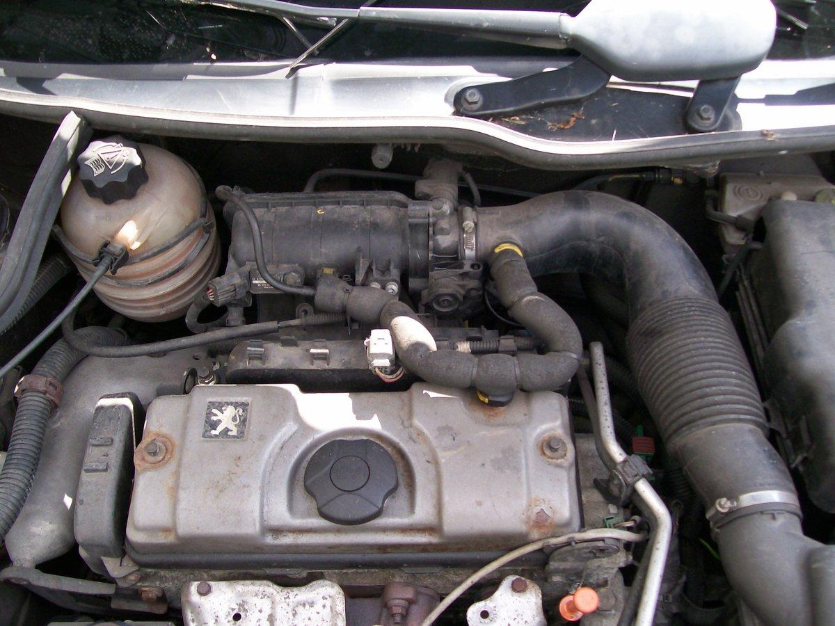 Peugeot 206 S 2004 reg. 1.4 Spares Parts wing bonnet door For Sale (picture 6 of 6)