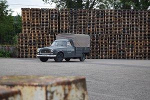 Peugeot 403 camionnette bâchée