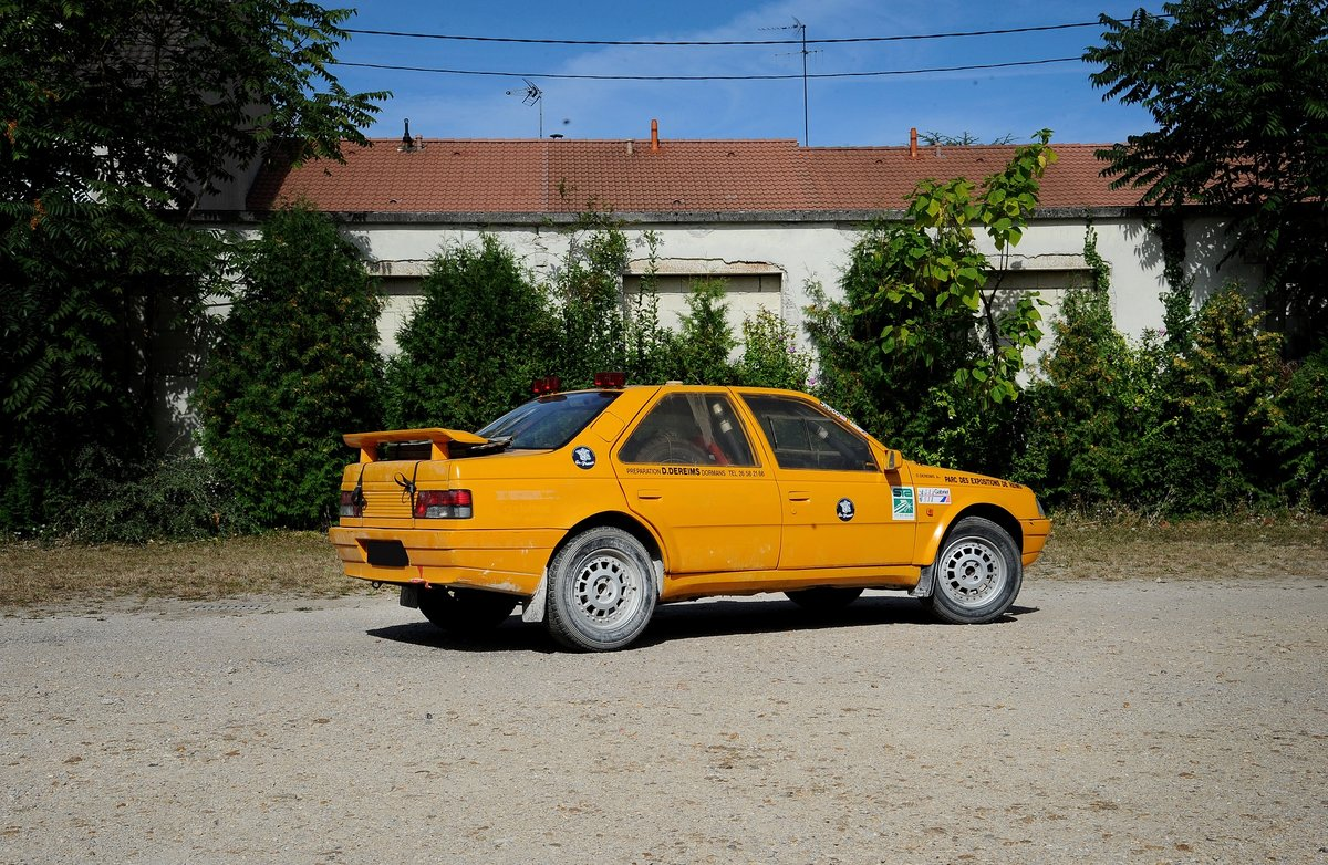 1989 Peugeot 405 MI 16 4x4 Proto «Grand Raid » For Sale by Auction (picture 2 of 5)