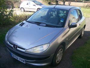 Peugeot 206 LX 1.4 Grey 2002 Reg 3 door spares breaking