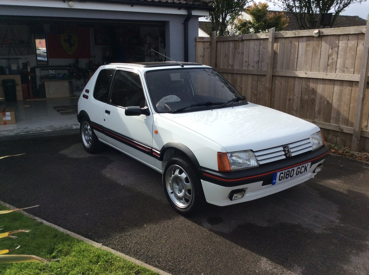 1989 Exceptionally Restored Peugeot 205 1.9 GTI For Sale (picture 2 of 6)