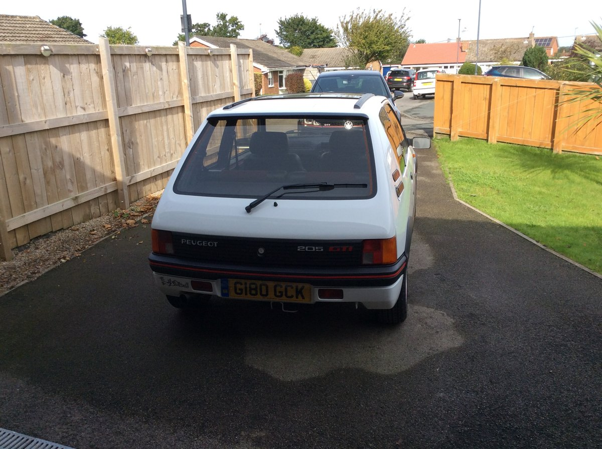 1989 Exceptionally Restored Peugeot 205 1.9 GTI For Sale (picture 3 of 6)