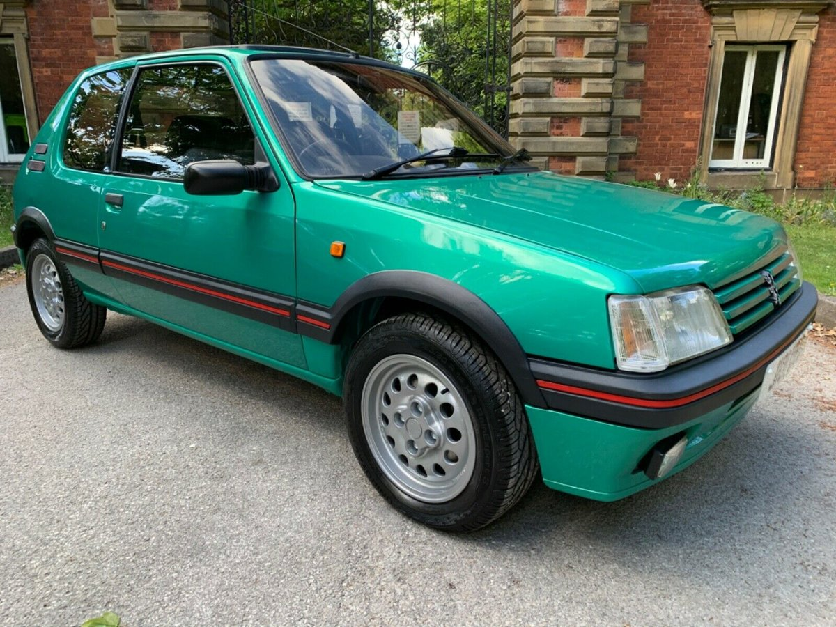 1991 Rare laser green limited colour 205 gti  For Sale (picture 6 of 6)