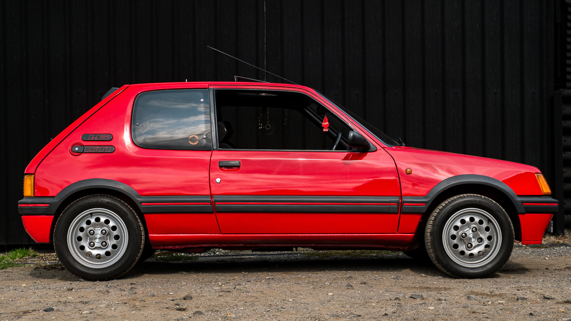 1987 205 GTI 1.6 Cherry Red Stunning For Sale (picture 3 of 6)