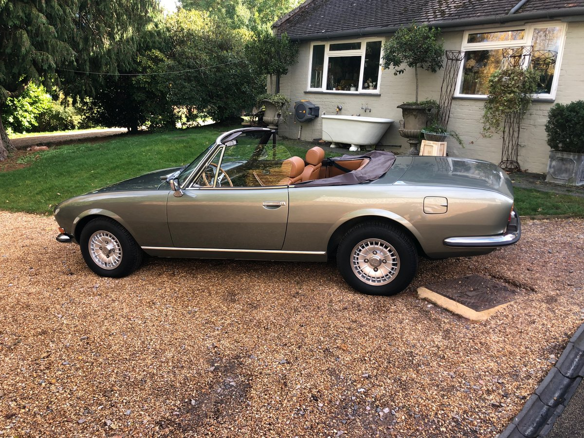1975 Peugeot 504 V6 Cabriolet by Pininfarina For Sale (picture 2 of 6)