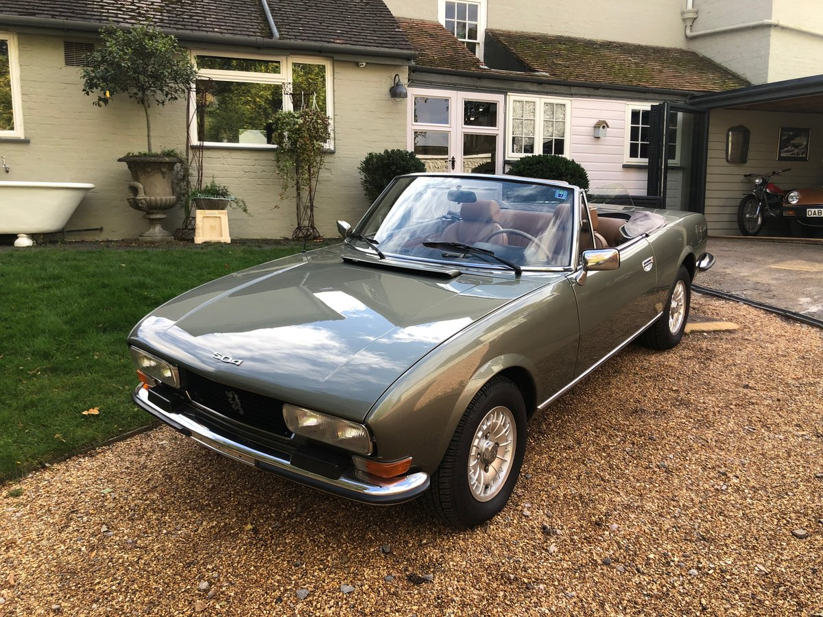 1975 Peugeot 504 V6 Cabriolet by Pininfarina For Sale (picture 3 of 6)