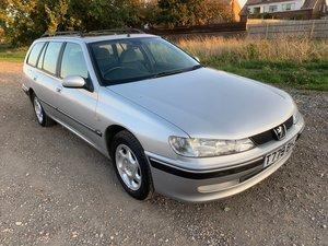 Picture of 1999 Peugeot 406 2.0GLX Estate. Very low mileage