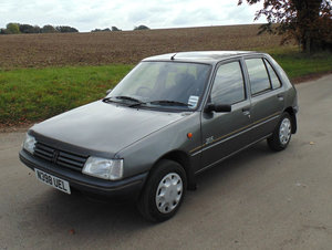 Picture of 1996 Peugeot 205 5 Door Diesel