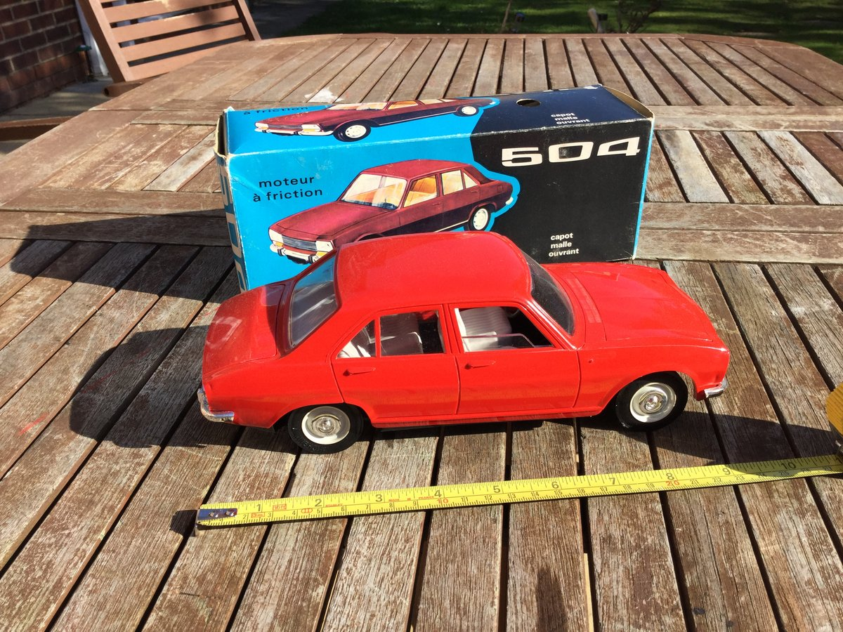 Jouet Peugeot 504  1/18 scale model For Sale (picture 3 of 4)