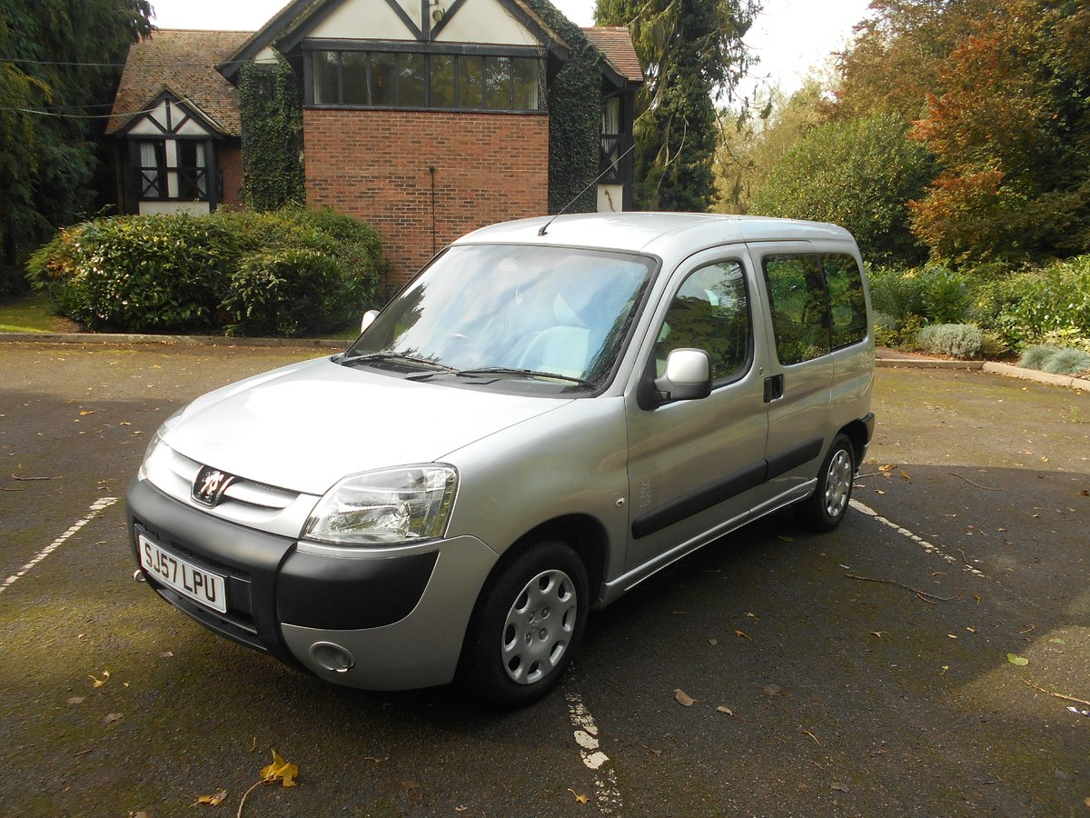 2007 A very rare and useful vehicle For Sale (picture 1 of 6)
