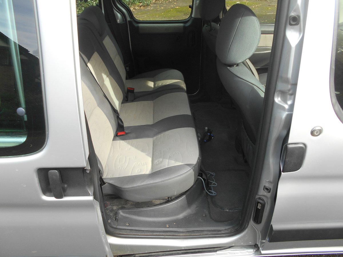 2007 A very rare and useful vehicle For Sale (picture 5 of 6)