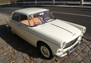 Picture of 1960 Peugeot 404 essence
