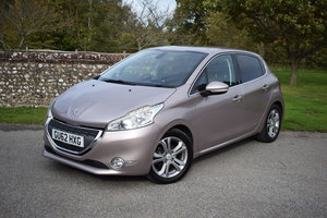 Picture of 2012 PEUGEOT 208 1.6 VTi ALLURE - 2 owners - FSH - 56k