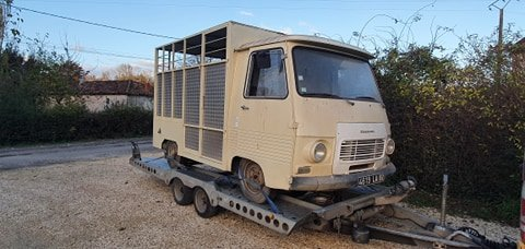 Picture of 1978 Peugeot J7 livestock carrier catering with hatch SOLD