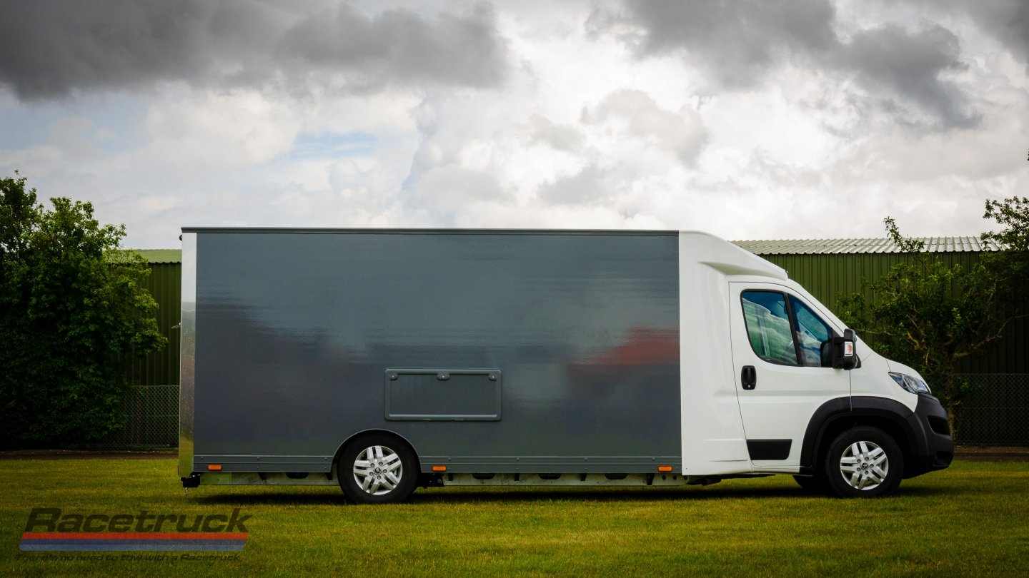 2021 Enclosed Car Transporter For Sale (picture 4 of 10)