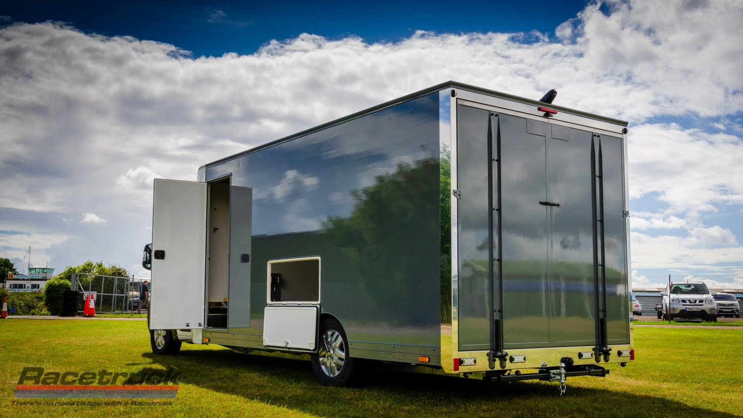 2021 Enclosed Car Transporter For Sale (picture 10 of 10)