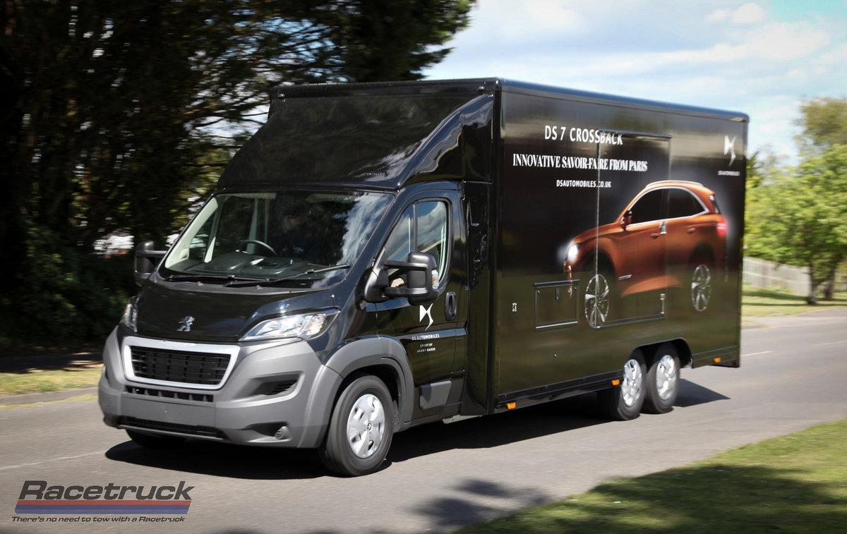 2021 Covered Car Transporter For Sale (picture 1 of 12)