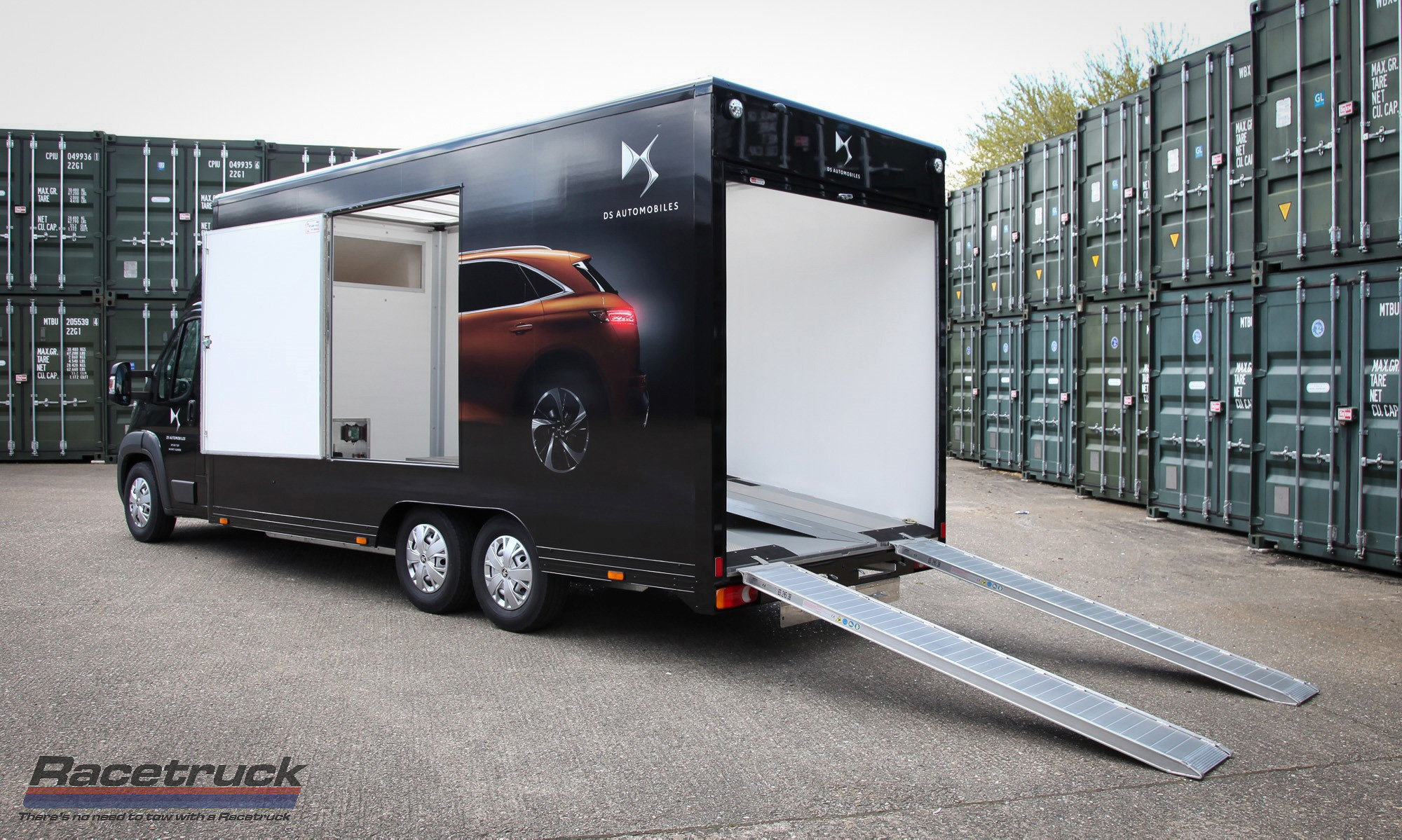 2021 Covered Car Transporter For Sale (picture 4 of 12)