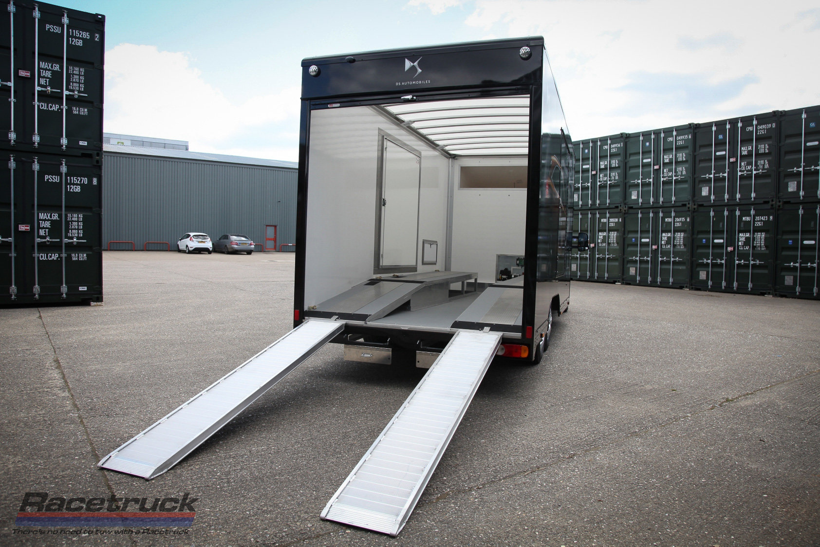 2021 Covered Car Transporter For Sale (picture 5 of 12)