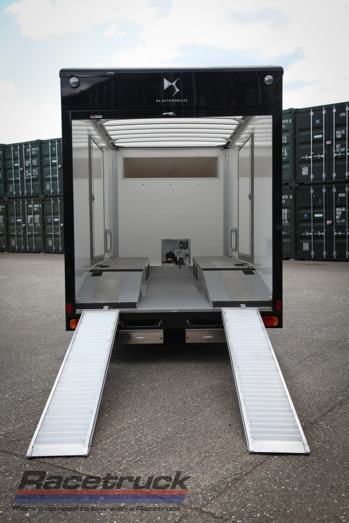 2021 Covered Car Transporter For Sale (picture 6 of 12)