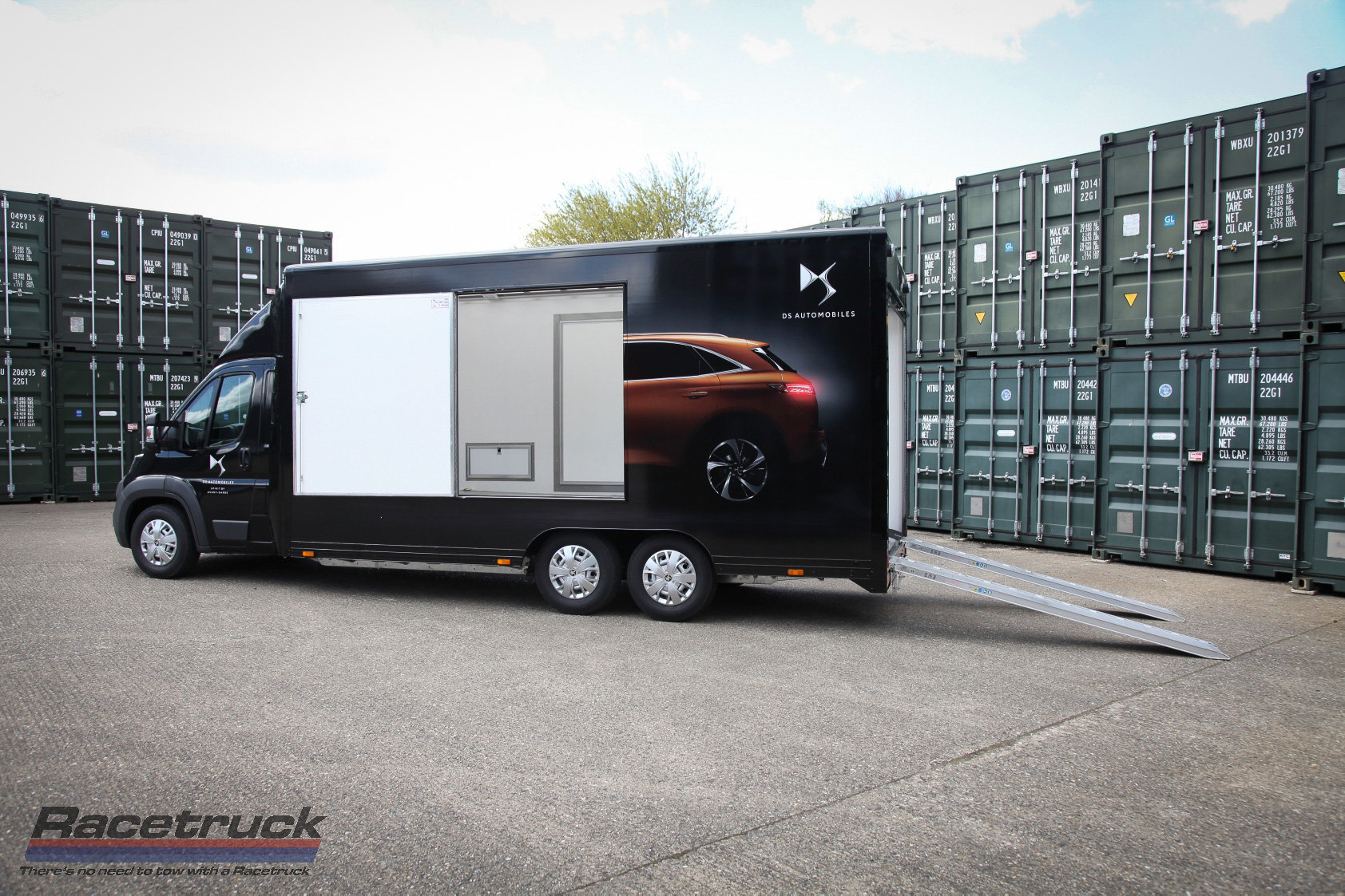 2021 Covered Car Transporter For Sale (picture 7 of 12)
