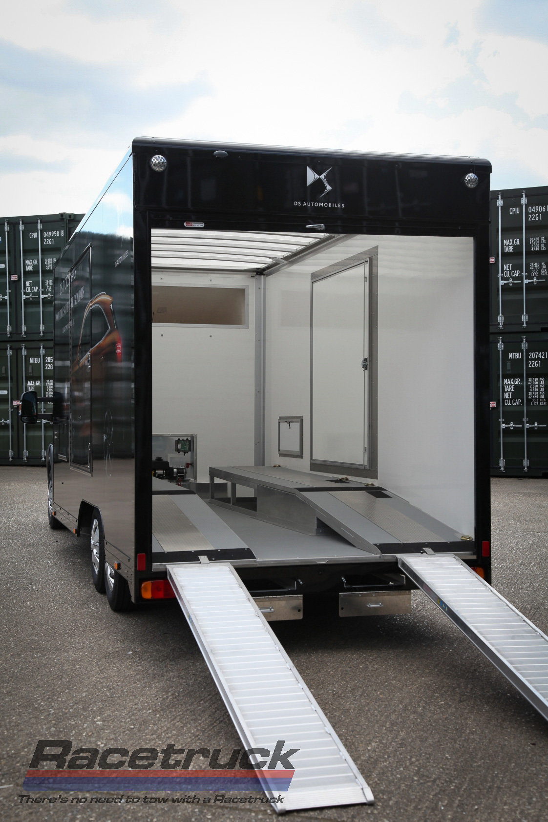 2021 Covered Car Transporter For Sale (picture 8 of 12)
