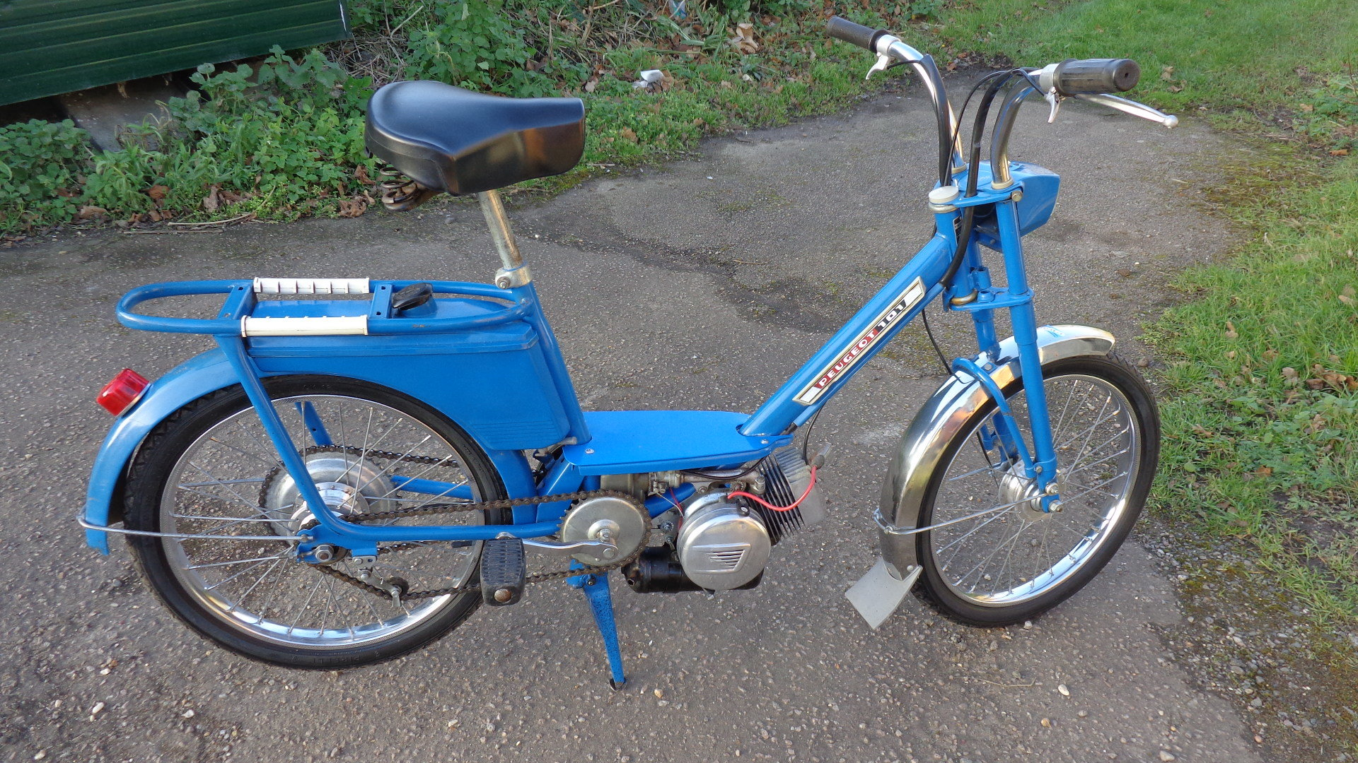 1968 Lovely original Peugeot 101 MT Moped For Sale (picture 1 of 6)