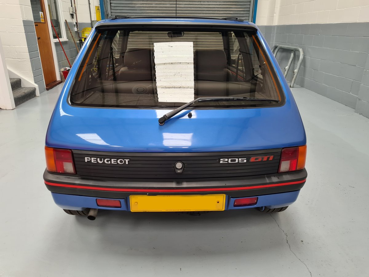 1990 Peugeot 205 GTi 1.9 For Sale (picture 6 of 12)