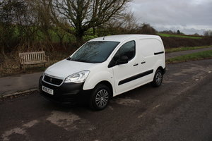 Picture of 2018 PEUGEOT PARTNER 16 BLUE HDI SE L1 100BHP For Sale