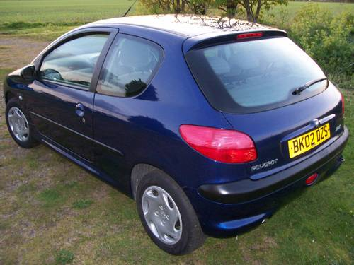 2002 Peugeot 206 LOOK 1.1  For Sale (picture 2 of 6)