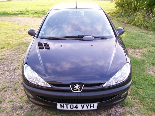 Peugeot 206 Fever 1.4 Black 2004 New MOT For Sale (picture 2 of 6)