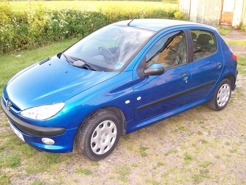 Peugeot 206 Zest 1.1 2004 Year For Sale For Sale (picture 3 of 6)