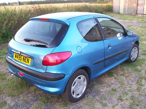 Peugeot 206 LX 2000 Reg. 1.1 For Sale For Sale (picture 3 of 6)