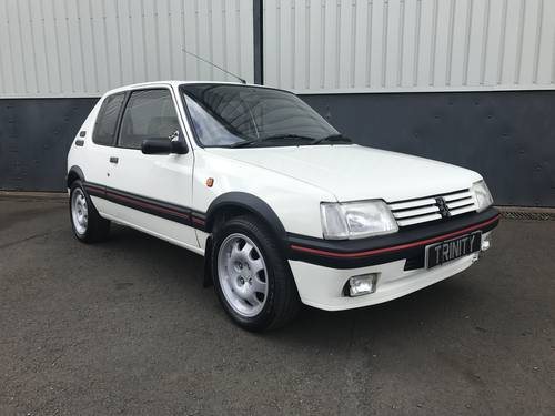 1992 Peugeot 205 Gti in striking Alpine White For Sale (picture 2 of 6)
