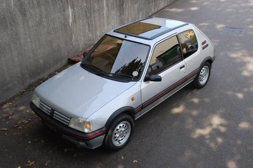 1990 Peugeot 1.6 GTi Low mileage two previous owners For Sale (picture 2 of 6)