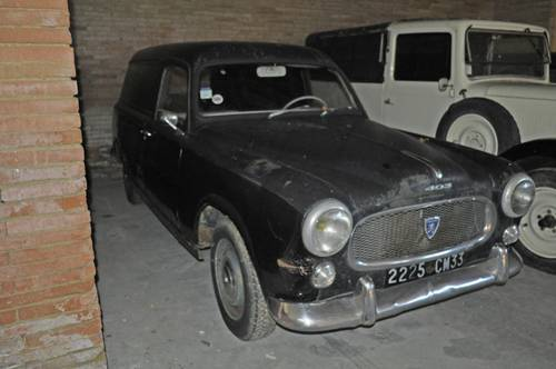 Peugeot 403 Fourgonnette tôlée 1960 barnfind condition SOLD by Auction (picture 1 of 6)