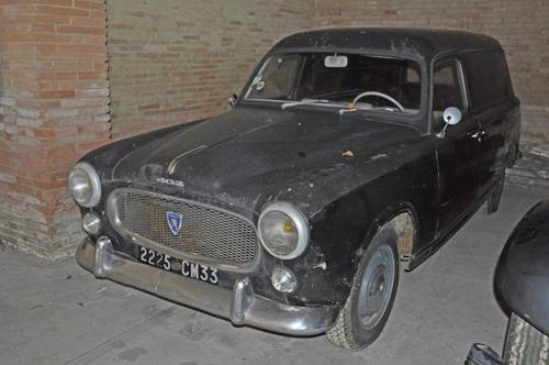 Peugeot 403 Fourgonnette tôlée 1960 barnfind condition SOLD by Auction (picture 2 of 6)