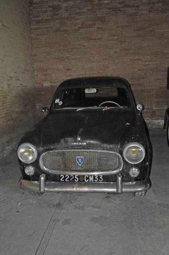 Peugeot 403 Fourgonnette tôlée 1960 barnfind condition SOLD by Auction (picture 3 of 6)