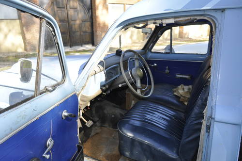 1960 Peugeot 403 Pick up barnfind condition SOLD by Auction (picture 3 of 4)