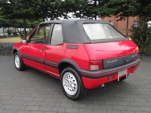 1994 PEUGEOT 205 CTi 1.9 CONVERTIBLE AUTOMATIC * ONLY 36000 MILES For Sale (picture 2 of 6)